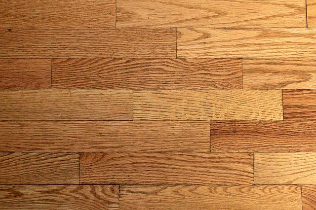 Zakochaj się w podłogach drewnianych – podłogi dębowe Poznań